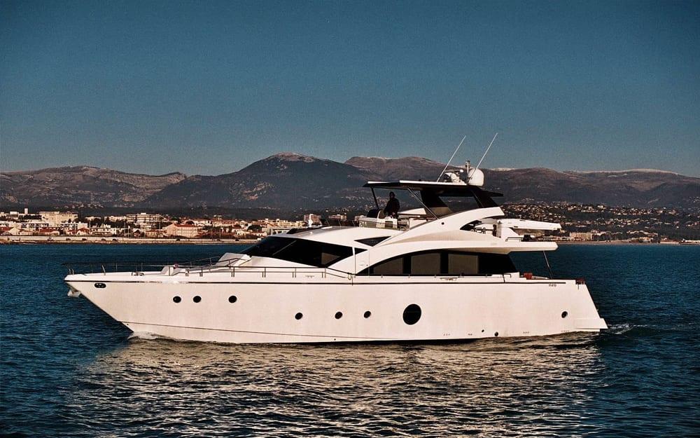 Gyachts-2008-Aicon-KRYS KAR-0-03082017