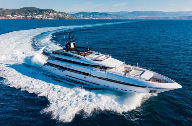 Gyachts-2017-PRINCE SHARK-2-03082017
