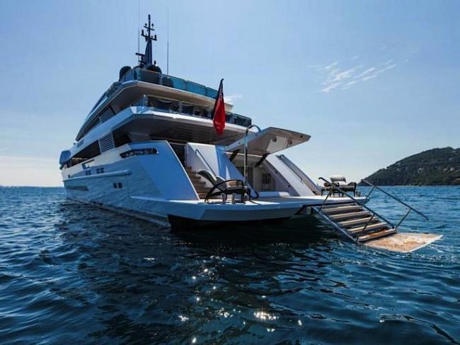 Gyachts-2017-PRINCE SHARK-4-03082017