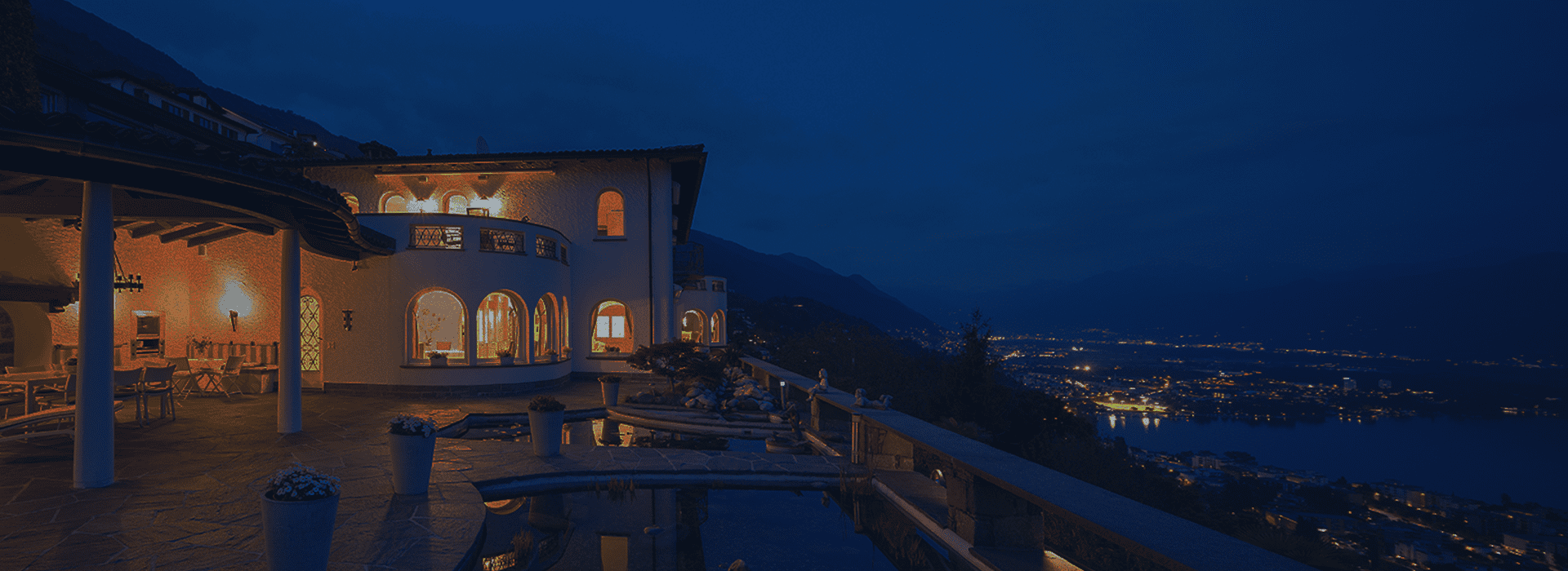 Luxury-Home-at-Night-6