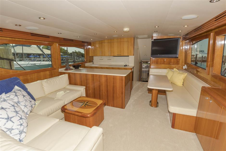Tom-George-Yacht-Group-54′-HATTERAS-Juel-Marie-02-03232017