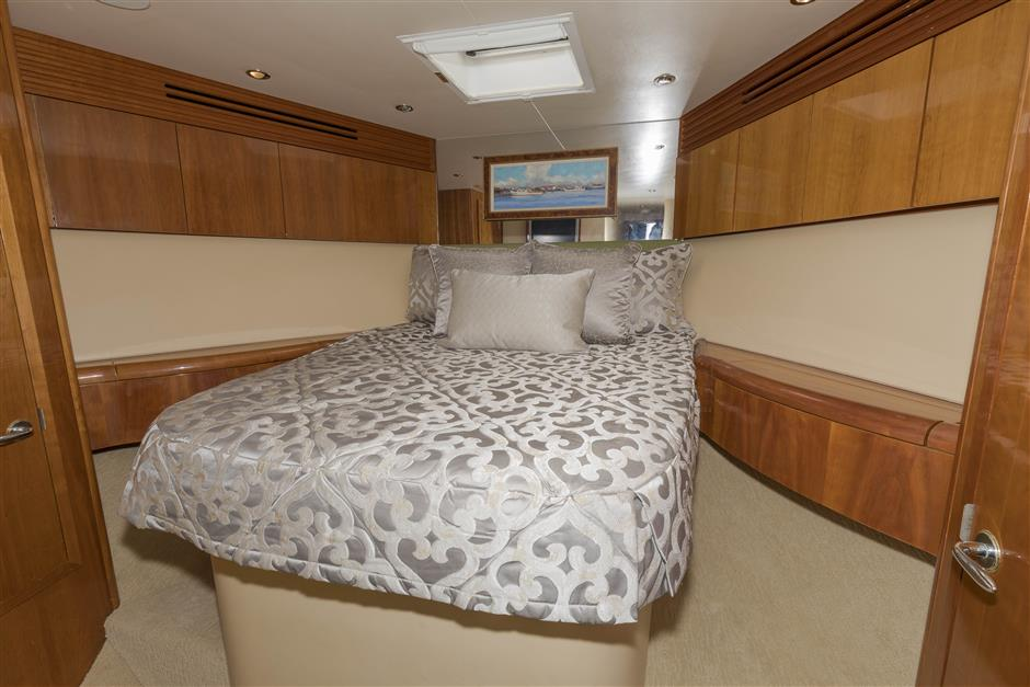 Tom-George-Yacht-Group-54′-HATTERAS-Juel-Marie-08-03232017