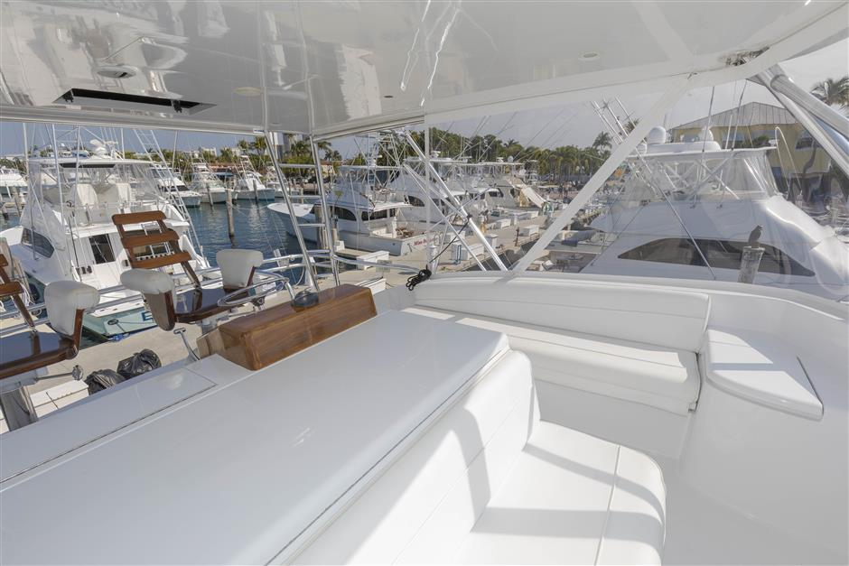 Tom-George-Yacht-Group-54′-HATTERAS-Juel-Marie-14-03232017