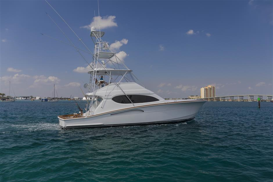 Tom-George-Yacht-Group-54′-HATTERAS-Juel-Marie-18-03232017