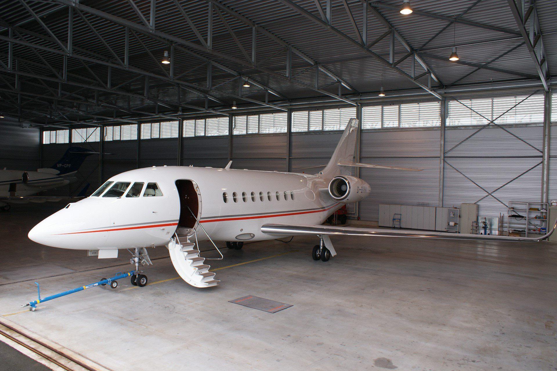 USAircraftSale-2013-Dassault-Falcon-2000LXS-4-263-03172017