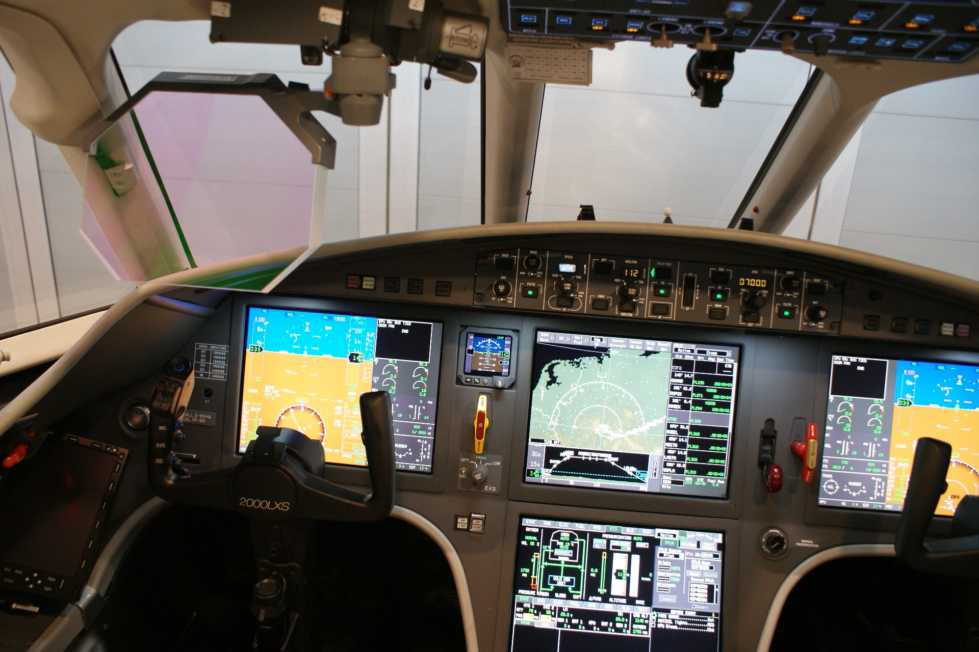 USAircraftSale-2013-Dassault-Falcon-2000LXS-6-263-03172017