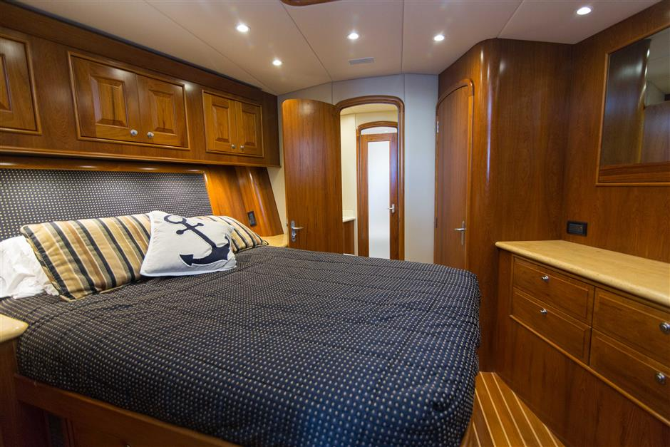 MACGREGOR-SPENCER-YACHTS-TEXAS-TEA-62-Interior9