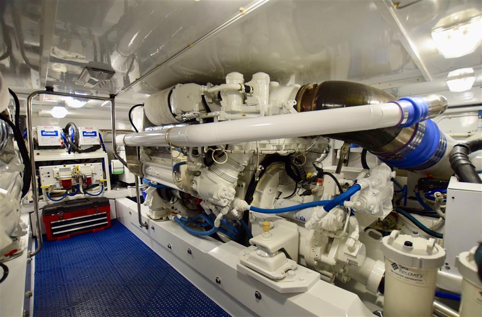 MACGREGOR-WHITICAR-NEVER-ENOUGH-56-Engine1