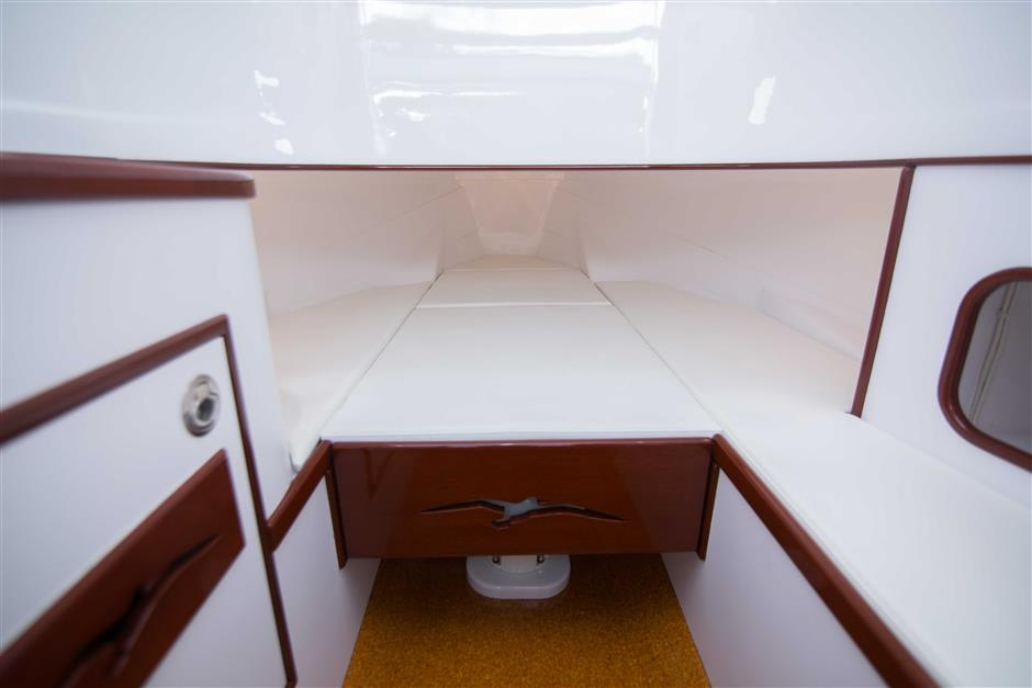 MACGREGOR-WHITICAR-WHITS-END-30-Interior1