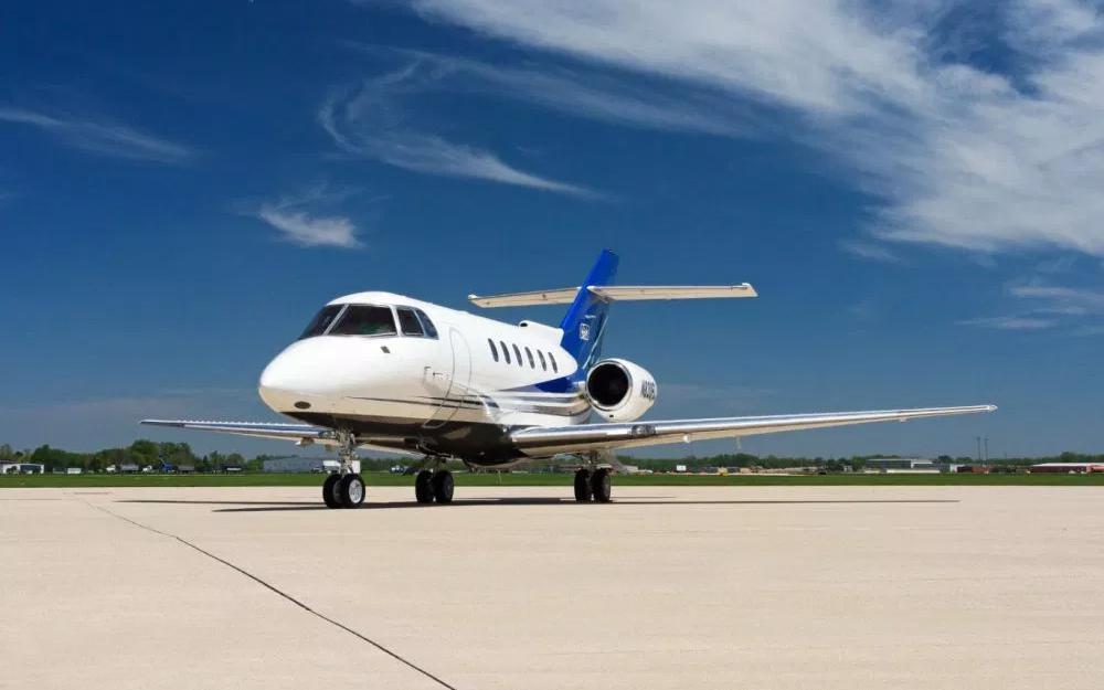 EAS-2000-Hawker-800XP-SN-258483-Exterior2