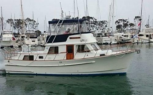 BIGBAYYACHTS-36-Monk-Trawler-Exterior