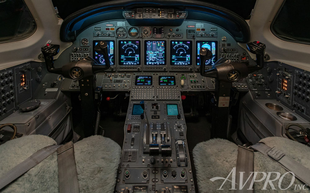 AVPRO-2001-CESSNA-CITATION-X-SN-750-161-Cockpit