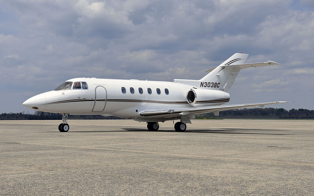 LEAS-1997-HAWKER-800XP-SN-258324-Exterior