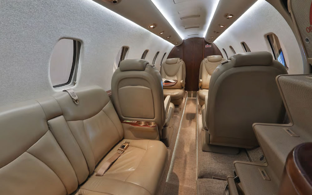 THERITCHIEGROUP-2011-CESSNA-CITATION-XLS+-SN-6090-Interior