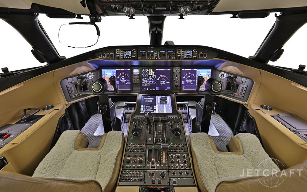 JETCRAFT-2012-BOMBARDIER-GLOBAL-5000-VISION-SN-9449-Cockpit
