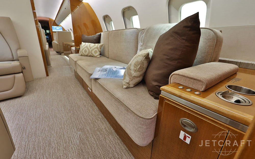 JETCRAFT-2012-BOMBARDIER-GLOBAL-5000-VISION-SN-9449-Interior
