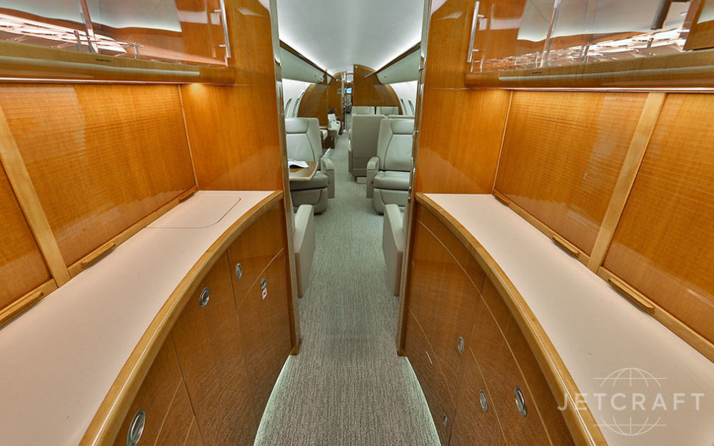 JETCRAFT-2012-BOMBARDIER-GLOBAL-5000-VISION-SN-9449-Interior5