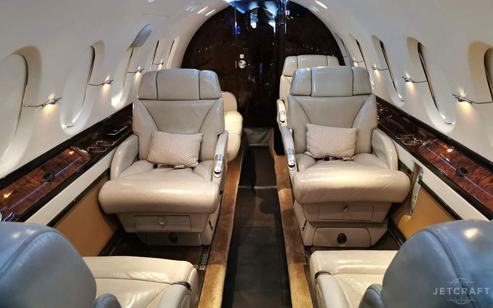 2005-beechcraft-hawker-800xp-s-n-258690