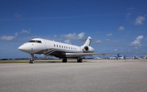 20011-bombardier-global-5000-s-n-9392-2