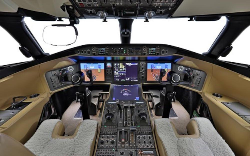 2016-bombardier-global-5000-sn-9696