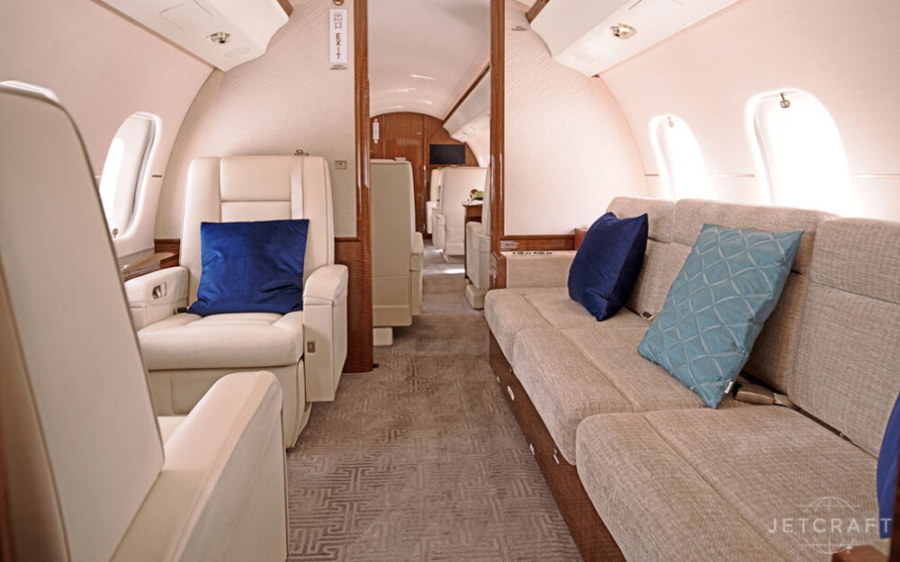 2015-bombardier-global-6000-s-n-9606