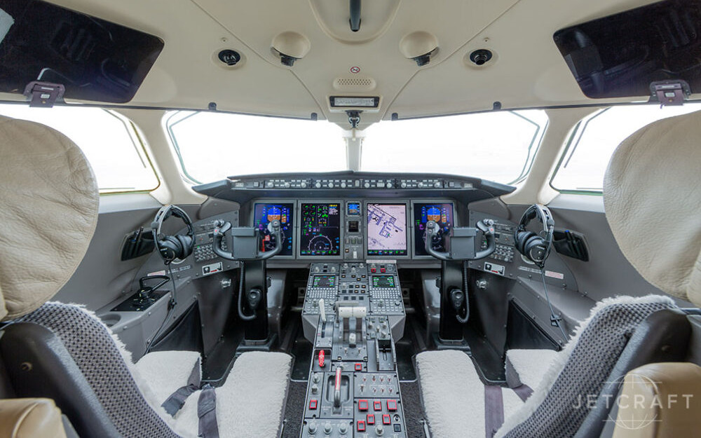 2008-bombardier-challenger-300-s-n-20218