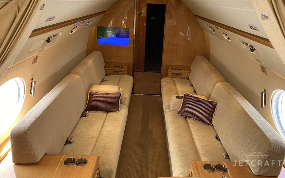 2011-gulfstream-g550-s-n-5344