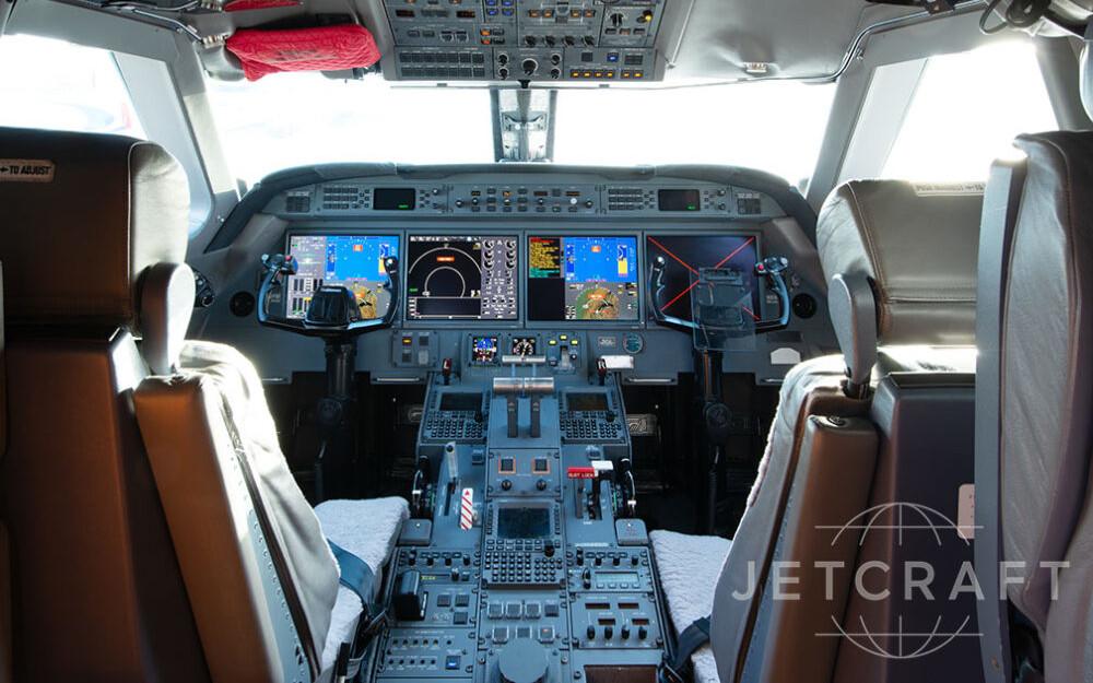 2012-gulfstream-g550-s-n-5382