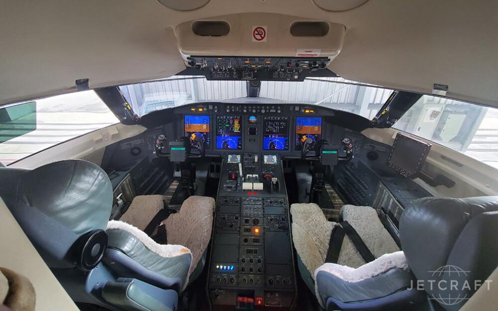 2011-bombardier-challenger-605-s-n-5795