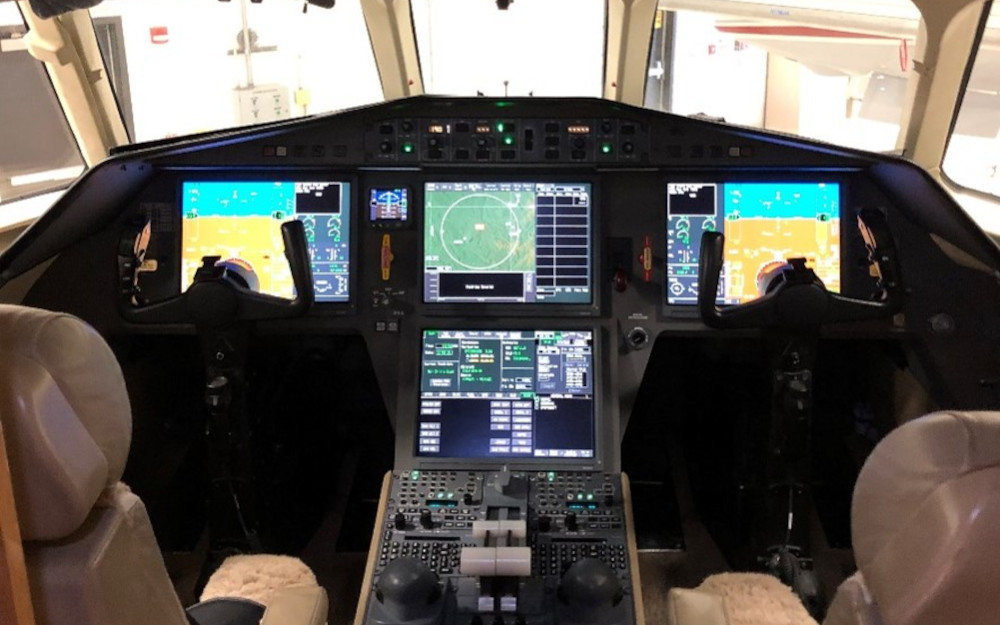 2009-dassault-falcon-2000lx-sn-185